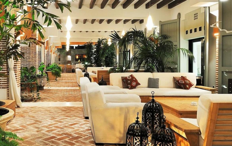 golf-expedition-golf-reizen-spanje-regio-malaga-vincci-estrella-del-mar-lounge-hal-zitruimte.jpg