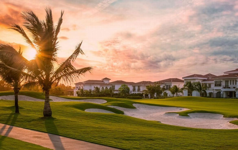 golf-expedition-golf-reizen-spanje-regio-malaga-vincci-estrella-del-mar-resort-met-golfbaan-bunker.jpg