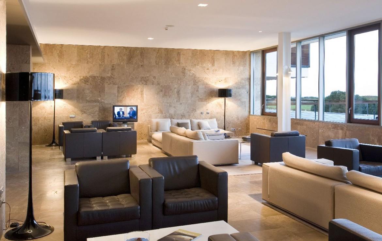 golf-expedition-golf-reizen-spanje-regio-valencia-parador-el-saler-lounge-met-bar.jpg