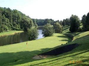 Golfbanen-Frankrijk-Golf-de-la-Vaucouleurs-Riviere