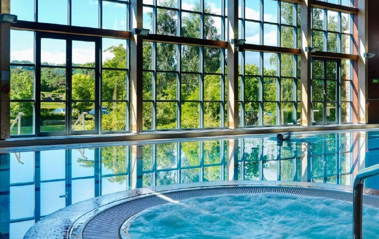 golf-expedition-golf-reizen-ierland-regio-dublin-druids-glen-golf-resort-binnen-zwembad.jpg