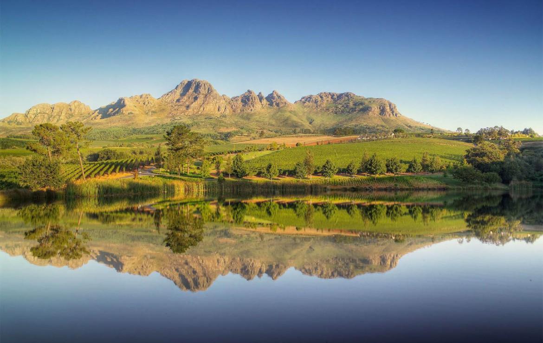 golf-expedition-golf-reizen-zuid-afrika-bergen-water-weerspiegeling.jpg